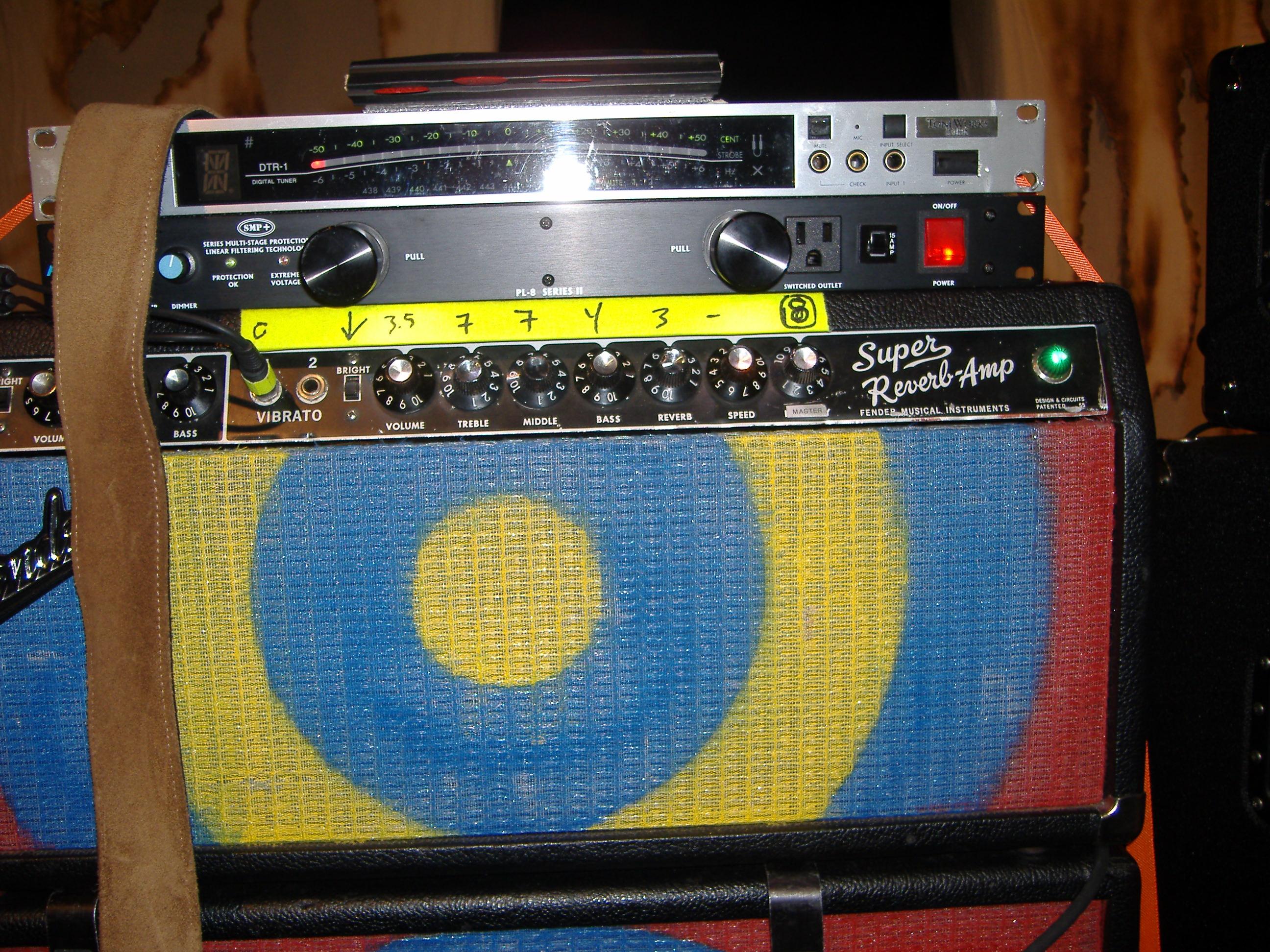 Fender 4x10 Guitar Cabinet 09leeamp1jpg