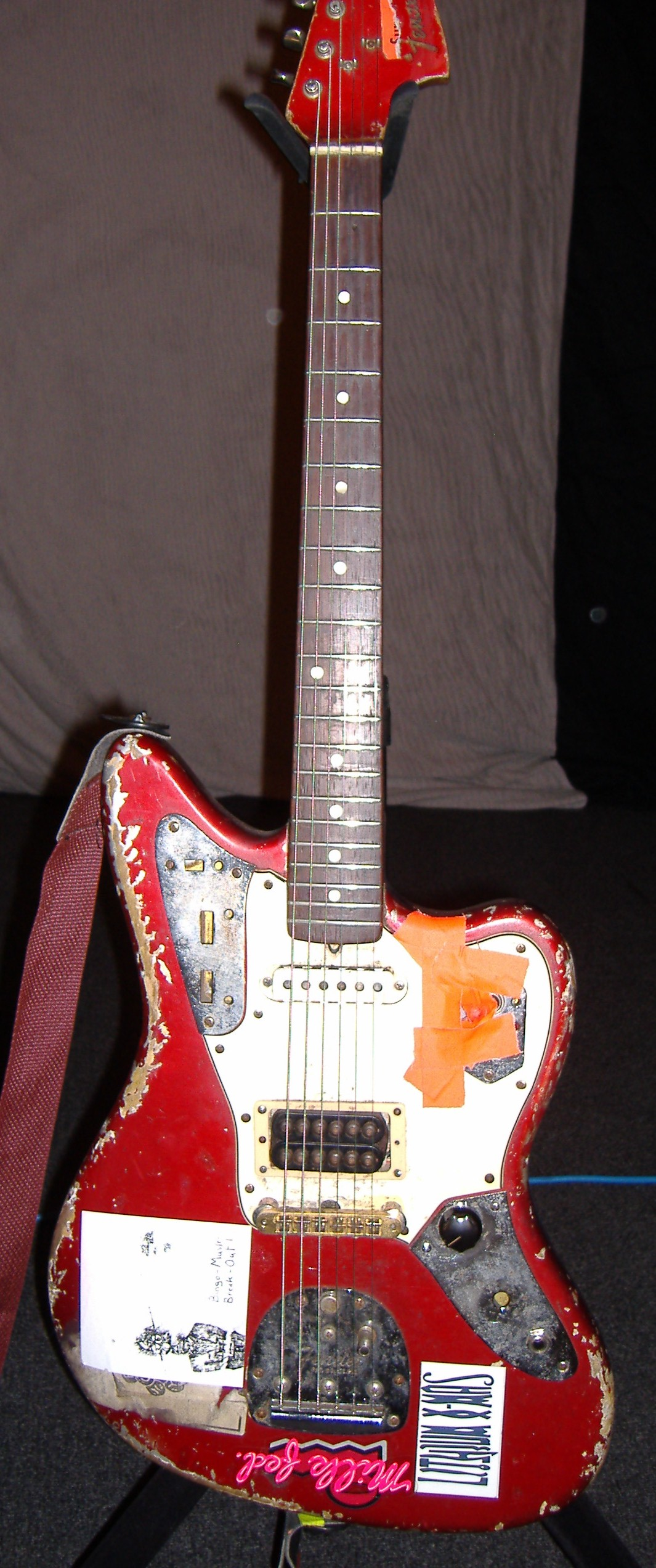 Photos: Sonic Youth Gear Guide: FENDER JAGUAR (RED