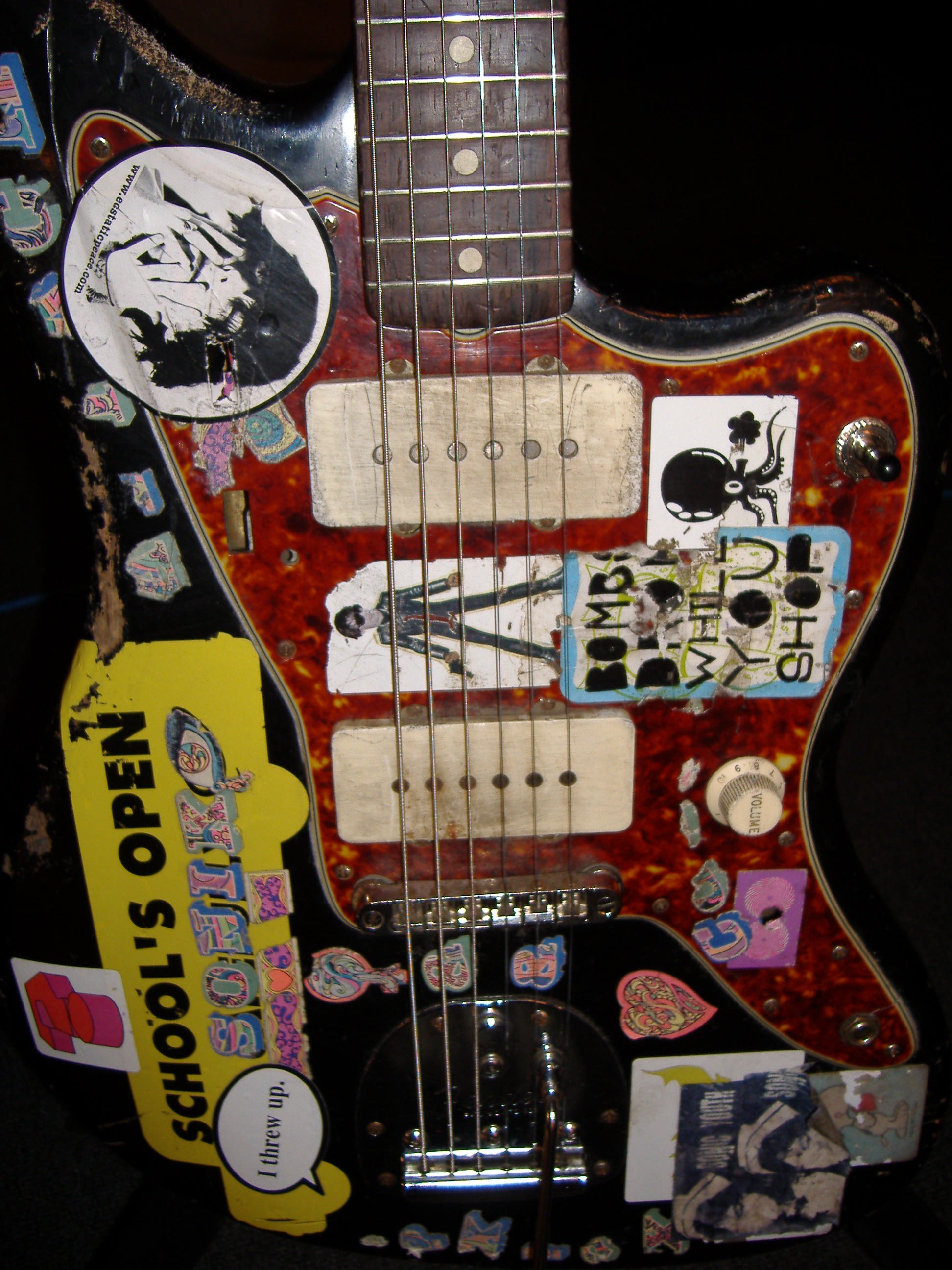 Sonic Youth Gear Guide FENDER JAZZMASTER BLACK